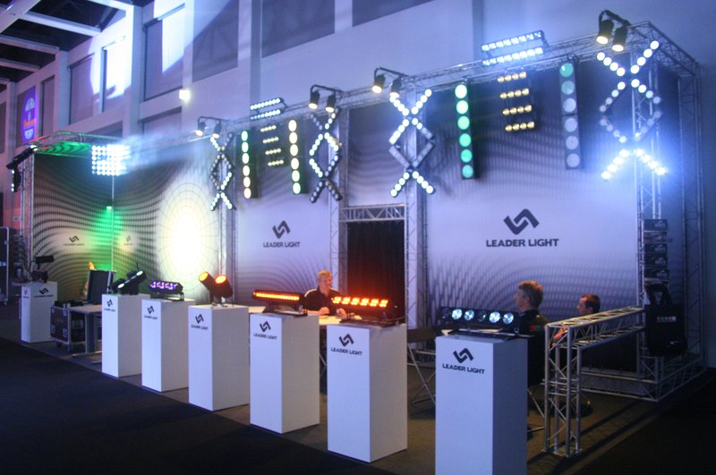 LEADER LIGHT on ShowTech 2011 2