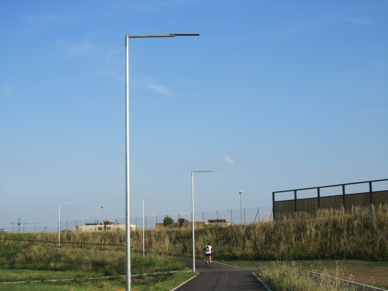 LEADER LIGHT - Cicleway with flyover on A4 Highway – Pero 10