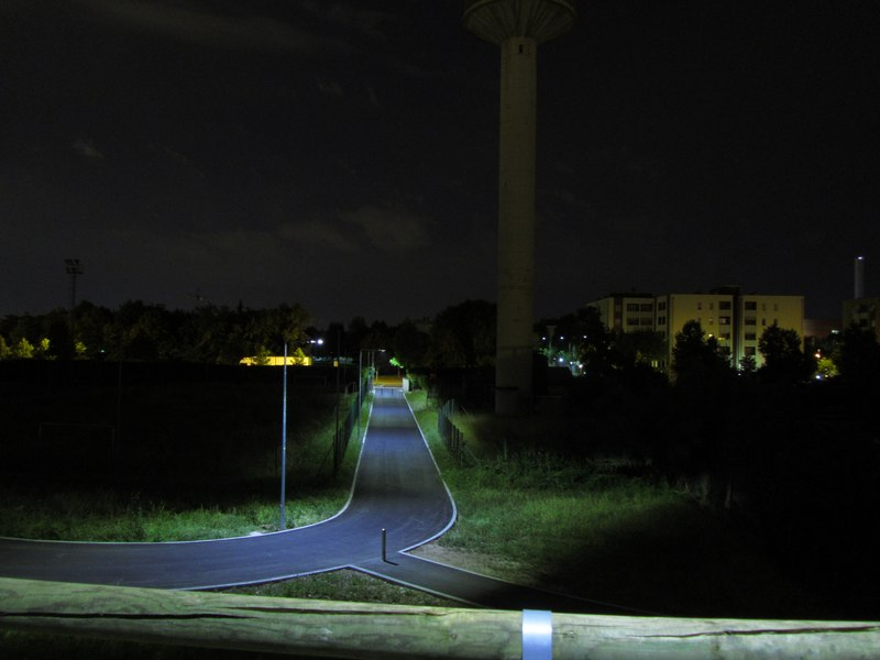 LEADER LIGHT - Cicleway with flyover on A4 Highway – Pero 7