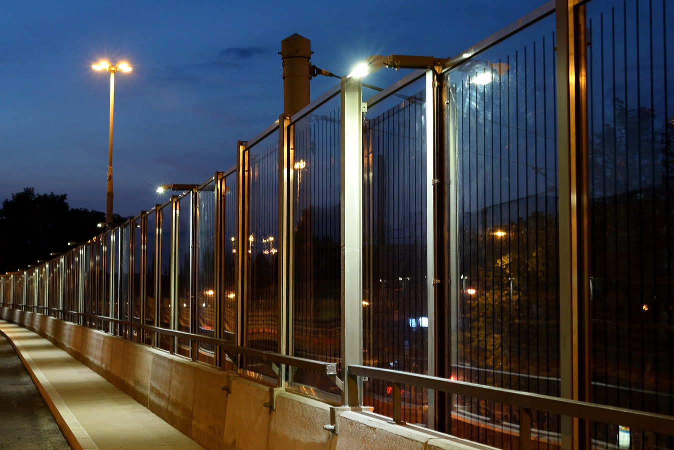 LEADER LIGHT on Flyovers in Chorzow, Poland 2