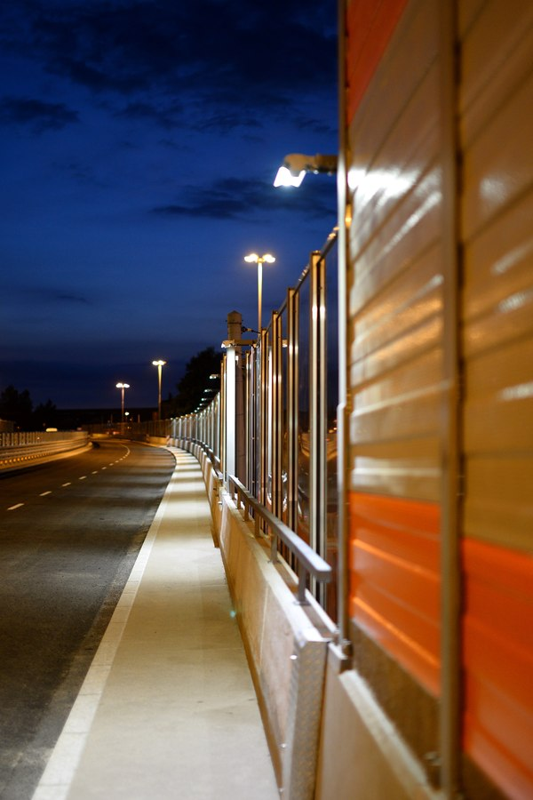 LEADER LIGHT on Flyovers in Chorzow, Poland 4