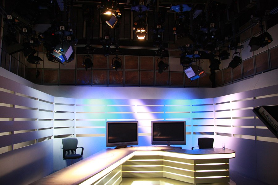 LEADER LIGHT in SK7 studio Czech TV 10