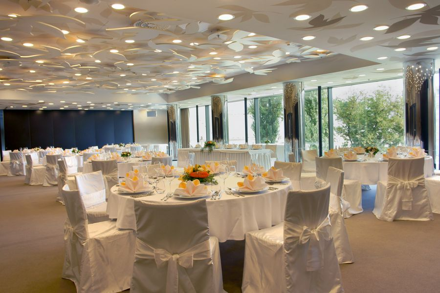 LEADER LIGHT products in YASMIN Hotel 2009 4